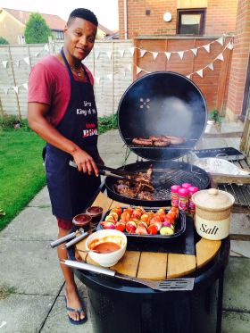 Braaing up a storm in the UK Born in the Eastern Cape and raised in Cape Town's Khayelitsha (South Africa's third largest township) Sindiso Joya has taken it upon himself to take braaing to a whole new level in the UK. http://www.thesouthafrican.com/?p=157966