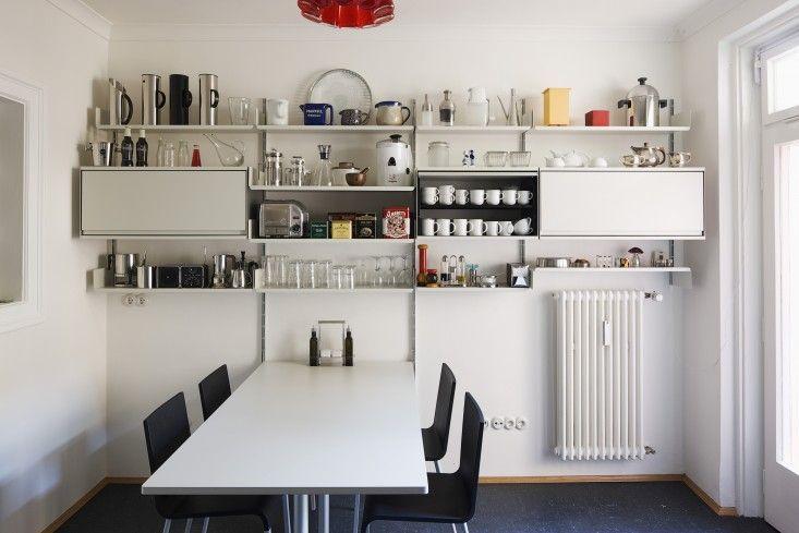 606 Universal Vitsoe Shelving, Dieter Rams   Remodelista #diningroom #kitchen #shelves