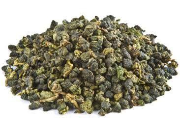 Son zamanlarda populerliği iyice artan oolong çayı; Çin, Tayvan ve Japonya'da geleneksel olarak tüketilen bir çaydır. Siyah ve yeşil çay gibi Camellia sinensis bitkisinin yaprakları ve tomurc…