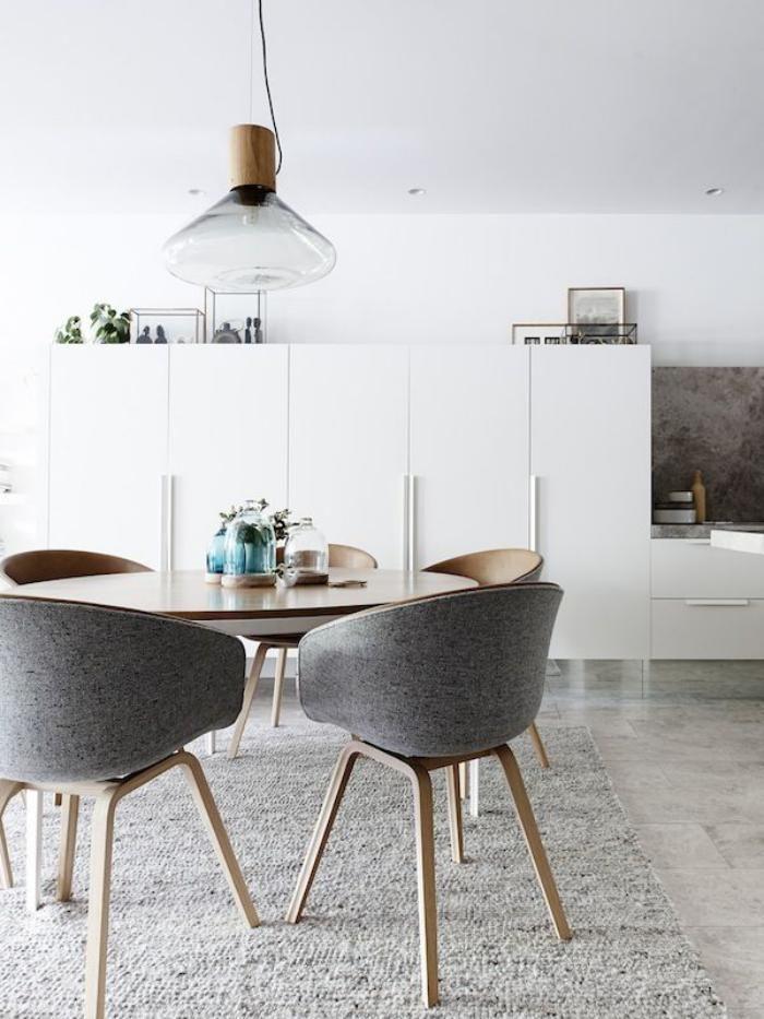 chaise scandinave 25 suosittua ideaa pinterestiss chaise style scandinave table manger. Black Bedroom Furniture Sets. Home Design Ideas