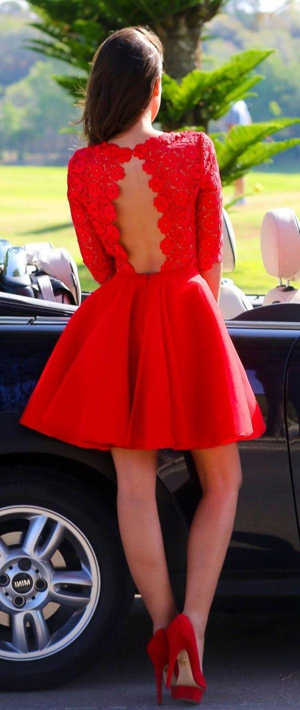 robe de soirée rouge avec dos en dentelle