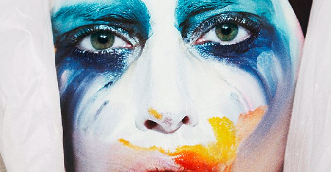 "El nuevo video de Lady Gaga, ""Applause"", en gifs"