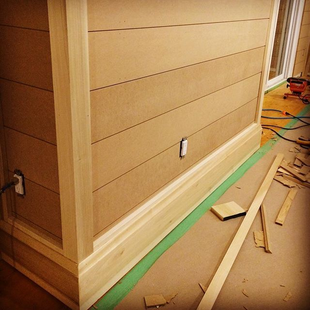 Sneak peak at #shiplap and the #trim going up!  Will add shoe mould yet to finish it off.  #carpentry #poplar #baseboard #woodworking #build #nice #renovation #latenight