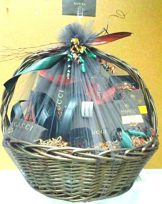 Mens GUCCI Products Gucci Gift Basket For Men Valentines Day Baskets