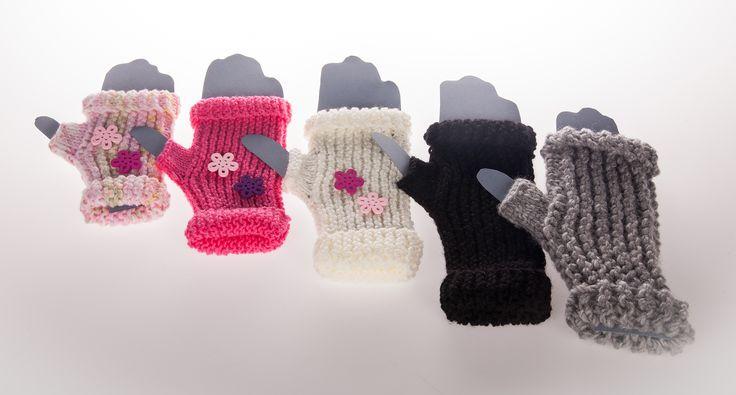 #kämmekkäät #handwork #fingerlessmitts #kutominen #knitting #koukkujapuikko #hookandneedle