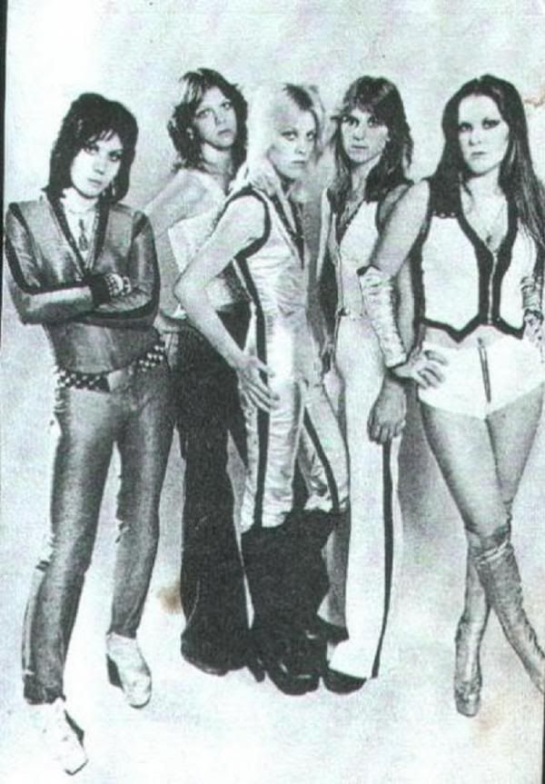 the runaways saturday night special  mp3