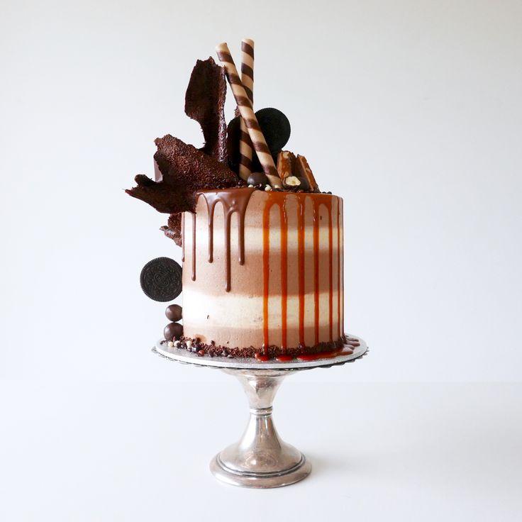 Cake Decoration With Chocolate Syrup : Best 20+ Caramel mud cake ideas on Pinterest 123 cake ...