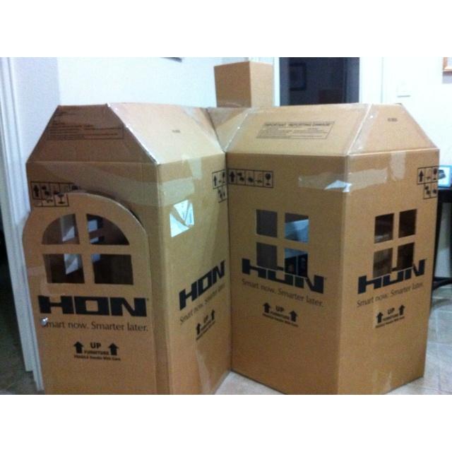 Best 25+ Cardboard playhouse ideas on Pinterest ...