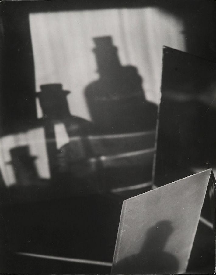 Jaromír Funke - Abstraktní fotografie. Kompozice, 1927-1929 #photoart #Czechia