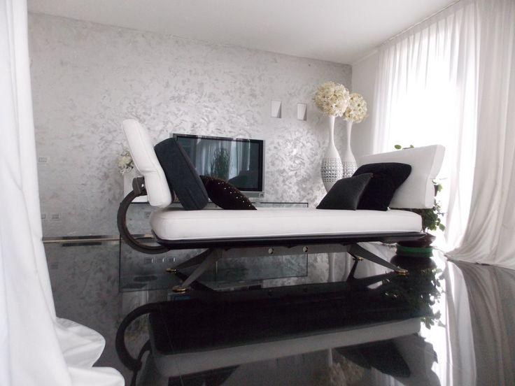 BUSNAGO Villa con piscina; phone +39 02 95335138; info@casaestyle.it; www.casaestyle.it
