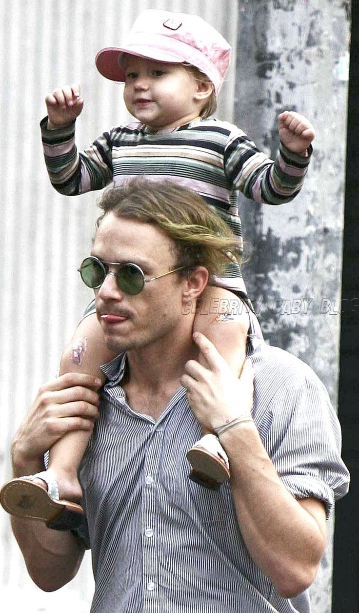 Heath Ledger with his daughter, Matilda.