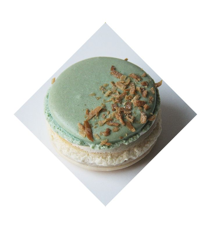 Coconut French macaron from Honeybutter Desserts. www.honeybutterdesserts.com #toronto #dessert #coconut #macarons #frenchmacarons
