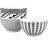 More eclectic black & white dinnerware (perfect icecream bowls!)