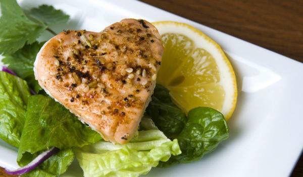 El pescado es considerado como un apoyo erótico por su contenido de fósforo y yodo.  Visita mi página web www.acatering.com.mx & my video blog https://www.youtube.com/channel/UCIn9KrtgBPIQ-SMC_umMcQg/videos