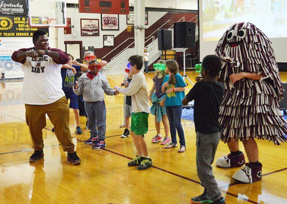 Elementary Students 'Move to the Groove' During Baptist Health Fair