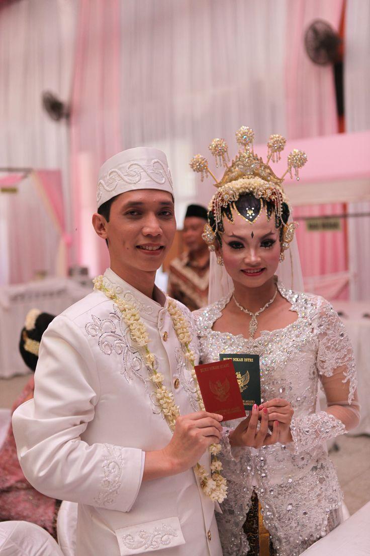 its officially to be husband & wife yaaaiii