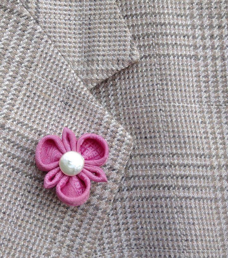 Custom Lapel Pins Men Mens Lapel Pin Flower Lapel Pin Kanzashi Brooch Silk Lapel Flower Lavender Pink Boutonniere Groomsman Gift For Him by exquisitelapel on Etsy https://www.etsy.com/listing/267026718/custom-lapel-pins-men-mens-lapel-pin