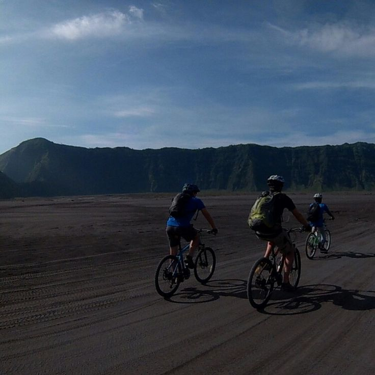 Bromo Cycling tours