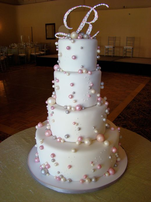 when is the wedding cake traditionally cut 82 best images about wedding cakes on cakes 27113