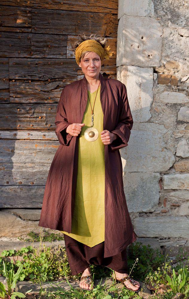 Asymmetrical silk and linen summercoat brown/purple color.