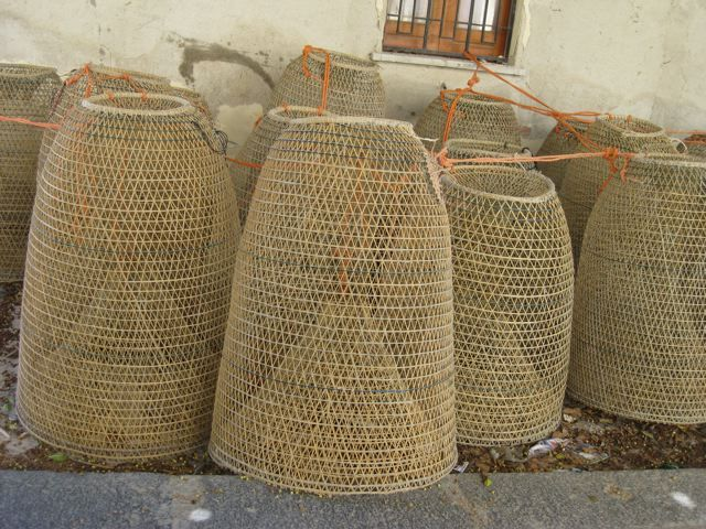 Woven Basket Lamp Shade : Fishing basket to lighting woven outdoor