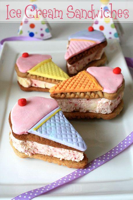 tutorial: icecream cookie sandwich {not quite Nigella}