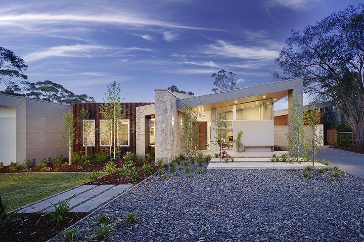 Custom Single Storey Home Facade