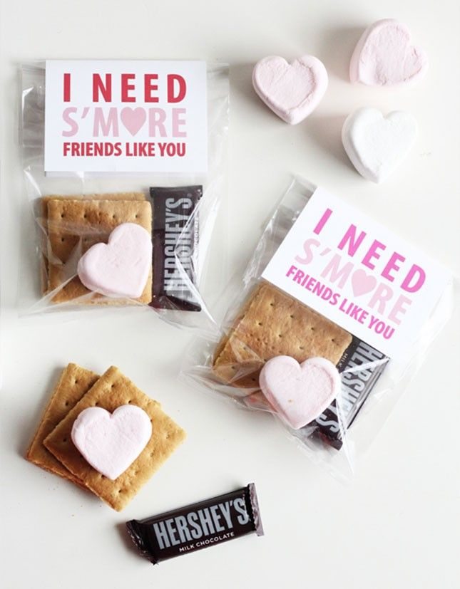 How adorable is this S'more friends like you Galentines printable idea?!