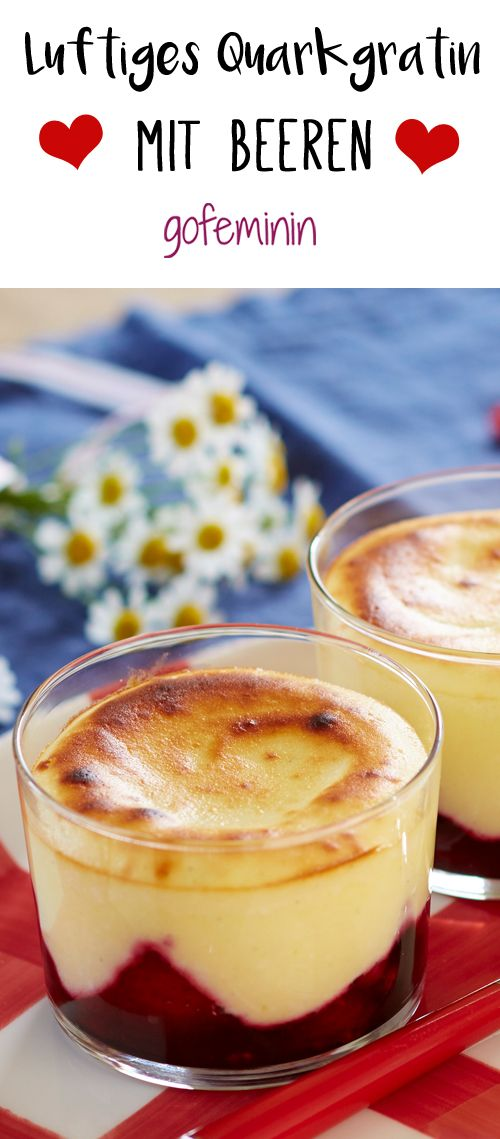 Mmmmmh unser luftig-lockeres Quarkgratin mit Beeren ist ein tolles und einfaches Dessert. Das ganze Rezept gibt's auf gofeminin. de.