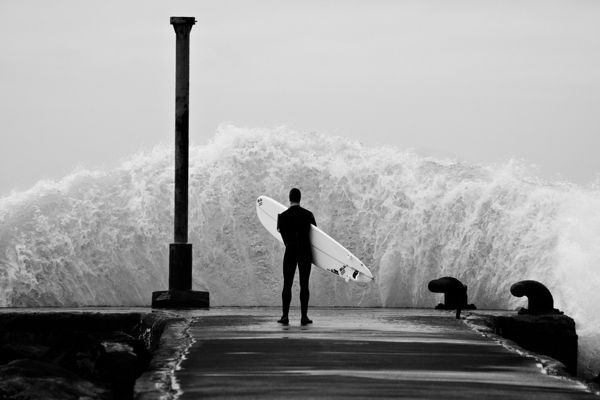surf: Stephen Scullion, Surfing Up, The Ocean, Black White, Sea Power, Northern Ireland, Big Waves, The Waves, Surfing Photography