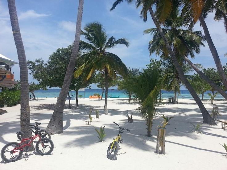 Výhled z pokoje v hotelu Kaani Beach