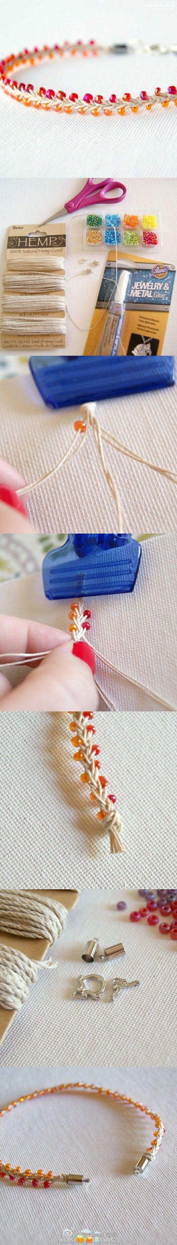 Pulsera DIY de cáñamo y cuentas de colores