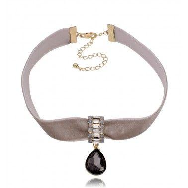 Jak nosić welur? 3 #hot pomysły – SHINYWORLD – Twoje modowe inspiracje #velvet #velvetdress #fashion #style #outfit #jewellery #choker #bijoux #jewelry
