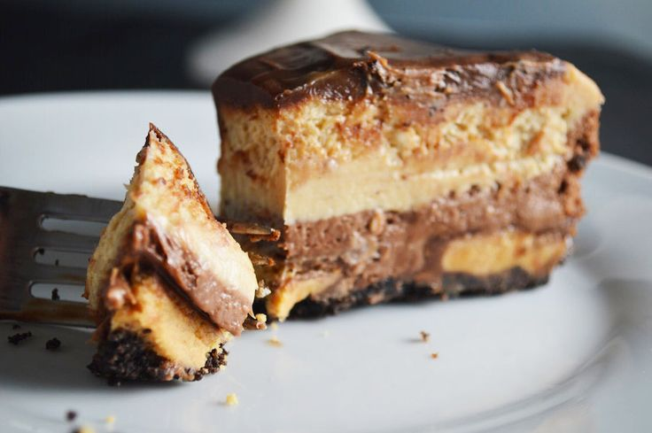 This. This Peanut Butter Chocolate Cheesecake. It's the best dessert I've ever made. And that's all you need to know.