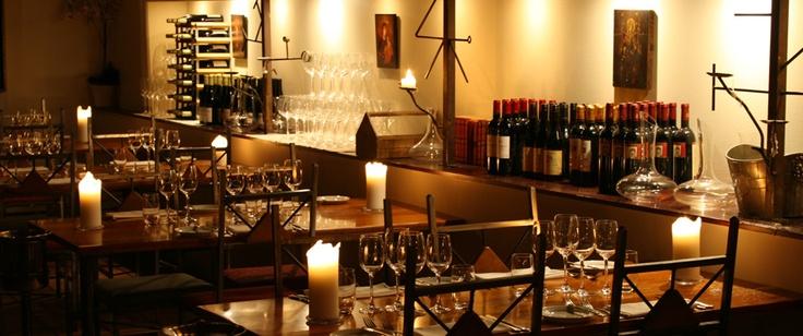 Nydelig restaurant i grei prisklasse når man ønsker det lille ekstra. Veldig koselig og romantisk, med tipptopp service!