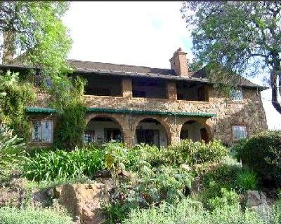 StoneHouse - Herbert Baker House.