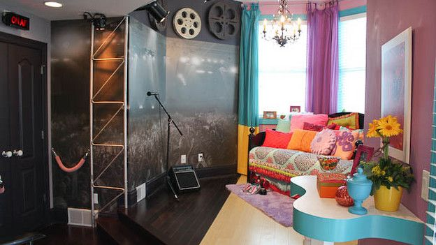 55 best images about extreme makeover rooms on pinterest 10827 | 9394a597c49dc3fc7e2a70bfdc49777b bedroom girls teen bedrooms