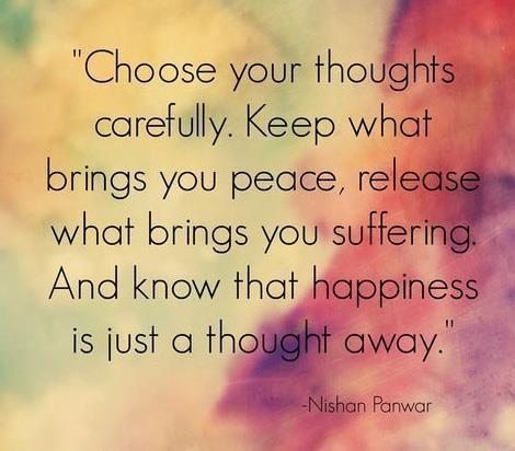 Felicidade é a forma que vc pensa. Foco no positivo ✌