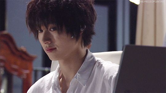 "[GIF] & [Preview, Ep.7] https://www.youtube.com/watch?v=CODDPN_PGt8 Kento Yamazaki, Masataka Kubota, Hinako Sano, Yutaka Matsushige. J drama series ""Death Note"", 08/02/'15 [Ep. w/Eng. sub] http://www.dramatv.tv/search.html?keyword=Death+Note+%28Japanese+Drama%29"