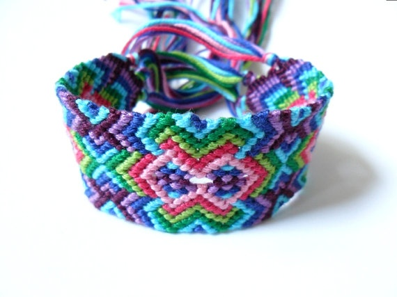 how to make bracelets with thread patterns