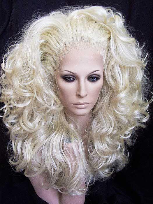 Blonde Queen 56