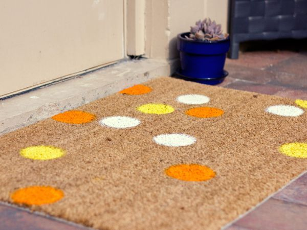 10 Fun DIY Doormat Hacks To Spruce Up Your Doorway