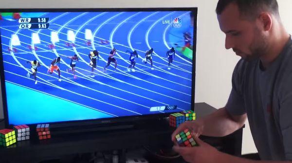 Usain Bolt compite contra un cubo de rubik  #Usain #Bolt #deportes #viralvideoscity #carrera #competición #sports #videos #viralvideos #cubo #rubik
