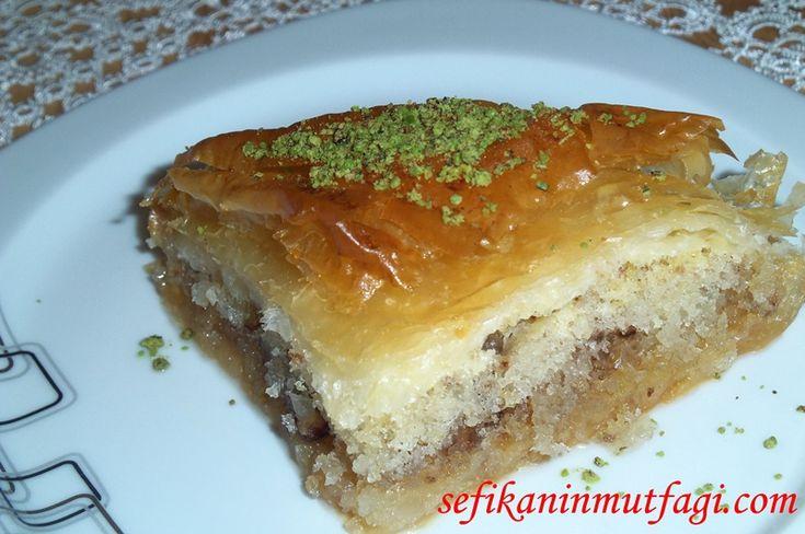 Kekli Baklava Tarifi #TürkMutfağı #keklibaklava #şerbetlitatlı #tatlı #tatlıtarifleri #dessert http://sefikaninmutfagi.com/kekli-baklava-tarifi/