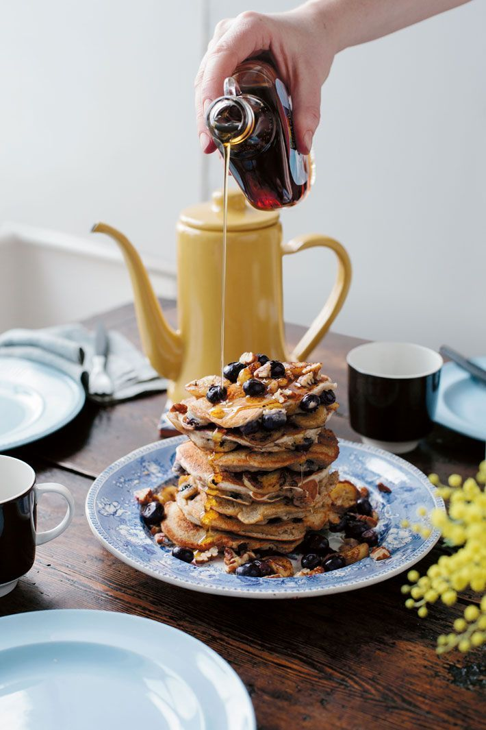 Guest Recipe: Banana, Blueberry and Pecan Pancakes | Deliciously Ella