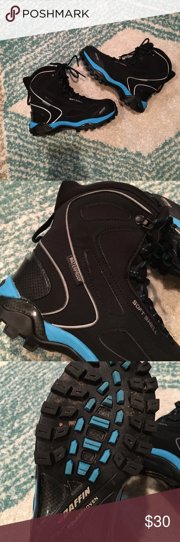 Baffin Snotrek Boots - Size 7 Baffin snow boots - Size 7, Bright blue & black, worn 3 times Baffin Shoes Winter & Rain Boots