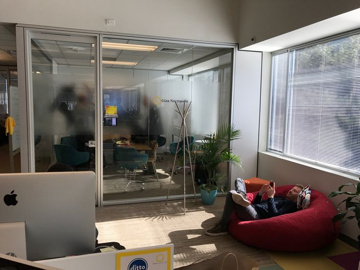 25 best ideas about shared office spaces on pinterest shared office shared home offices and. Black Bedroom Furniture Sets. Home Design Ideas