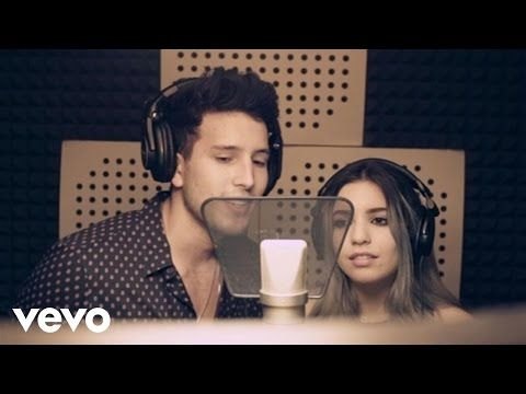 Sebastián Yatra, Karen Mendez - Traicionera (Acoustic Fan Version) - YouTube