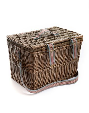 Joules PICNICBASKET Picnic Basket, Rosflor. For a day at the races, a lazy afternoon on the beach or a summer evening in a nearby field, our picnic basket provides all the essentials you'll need for a dining outdoors with family and friends.