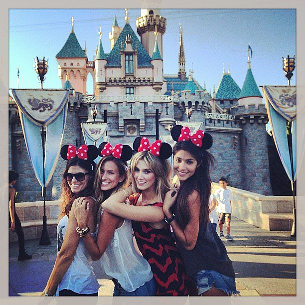 fashion bloggers at disneyland - Buscar con Google